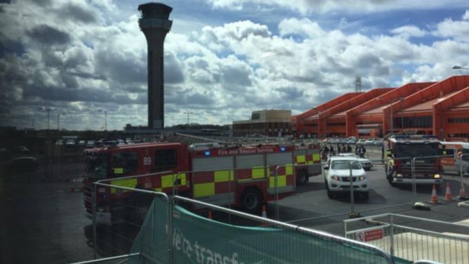luton-airport-evacuated.jpg